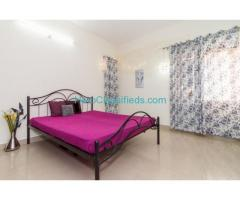 Shared Bachelor Accommodations, Rooms for Rent in Serilingampally, Hyderabad – Living Quarter